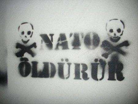 NATO ÖLDÜRÜR